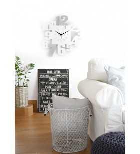 Nowoczesny zegar ścienny 3D V099 szaro biały w salonie