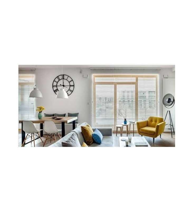 zegar loft w salonie