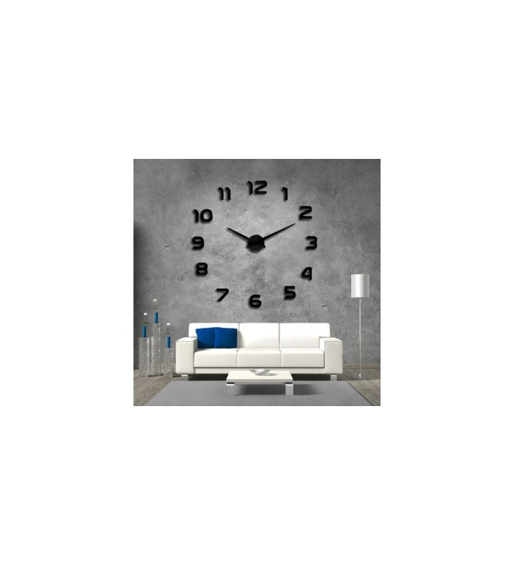 Zegar ścienny czarny DIY w salonie